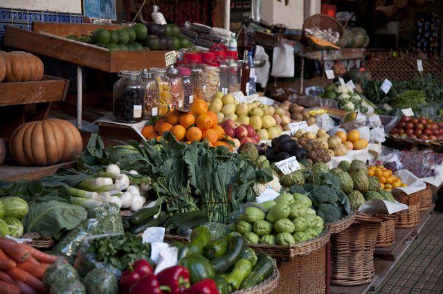 Кабачки из Китая. Эксперт о том, как не дать обмануть себя на овощном рынке
