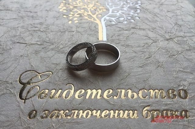 Свадьба в предновогодние праздники - это реальность.
