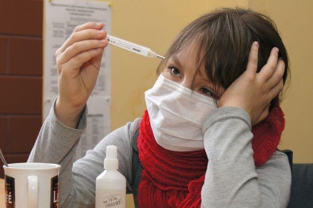 Чаще ОРВИ болеют дети.