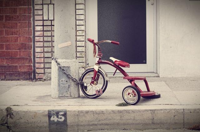 Несовершеннолетние воровали велосипеды из подъездов жилых домов.