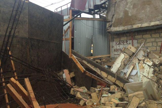 ЧПвДербенте: на гостей кафе «Вечный город» обрушилась стена— есть пострадавшие