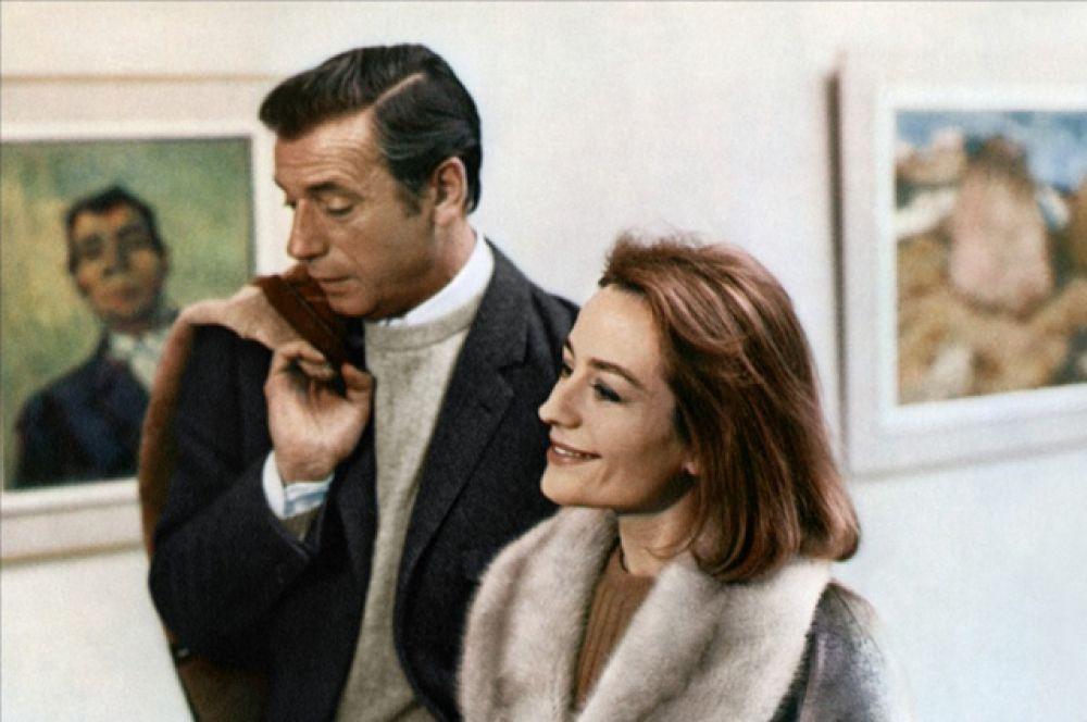 В 1967 году режиссер Клод Лелуш предложил Анни роль в фильме «Жить, чтобы жить», где она сыграла обыкновенную женщину, столкнувшуюся с трудностями во взаимоотношениях в паре.