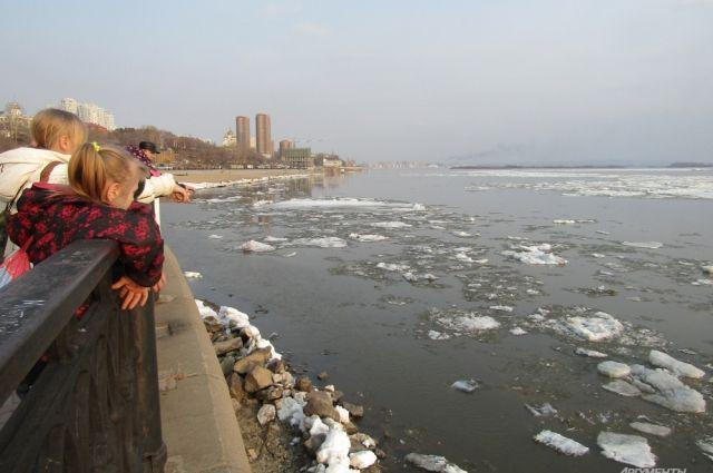 Новосибирцев просят неходить позамерзшим прудам ирекам