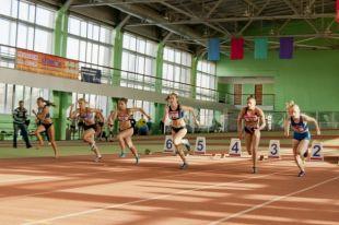Два дня омские атлеты состязались в беге.