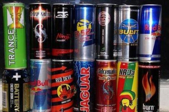 Смешивание кофеина иалкоголя влияет наподростковый мозг, как кокаин