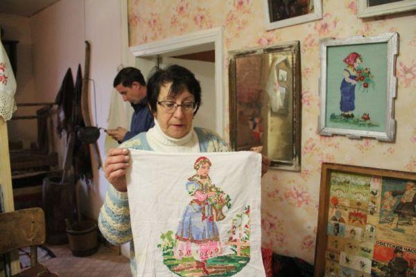 Русские крестьянки вышивали по европейским образцам.