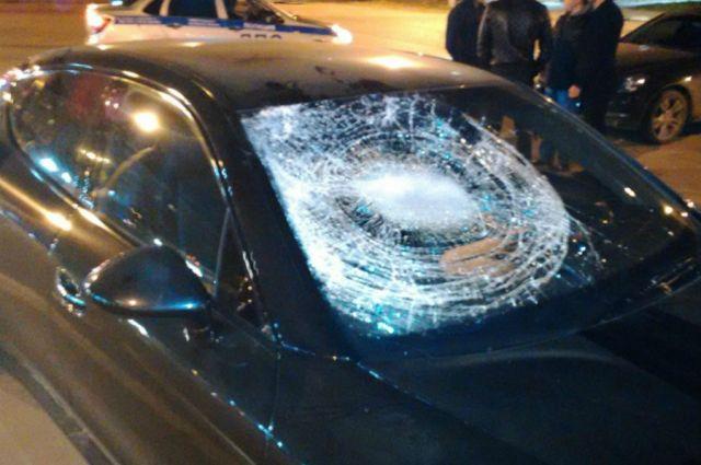 Наводителя Порш, который сбил вКирове двоих пешеходов, завели уголовное дело