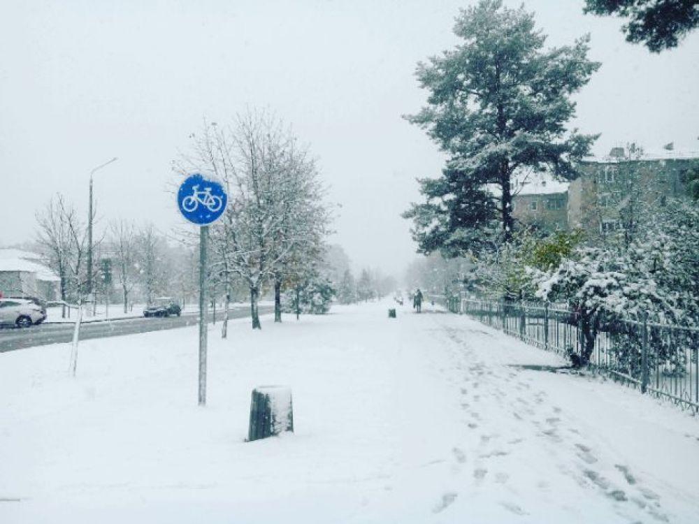 Такое ощущение, что в некоторых городах, таких, как Славутич уже декабрь
