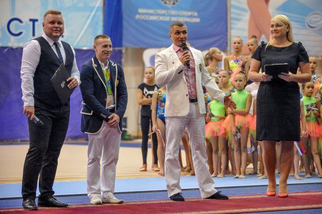 Герои Олимпиады-2016 - Денис Аблязин и его тренер Сергей Старкин.