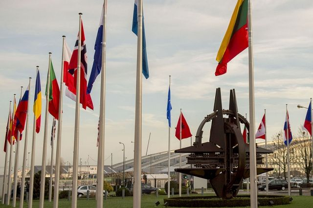 Постпред РФ: НАТО сосредоточена на сдерживании России
