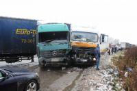 Дальнобойщиков будут предупреждать об опасности для предотвращения аварий.
