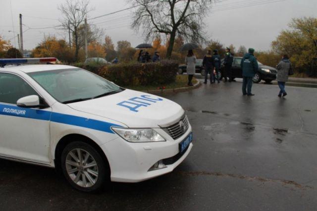 ВЗасвияжье «Жигули» подрезал иномарку. шофёр попал в клинику