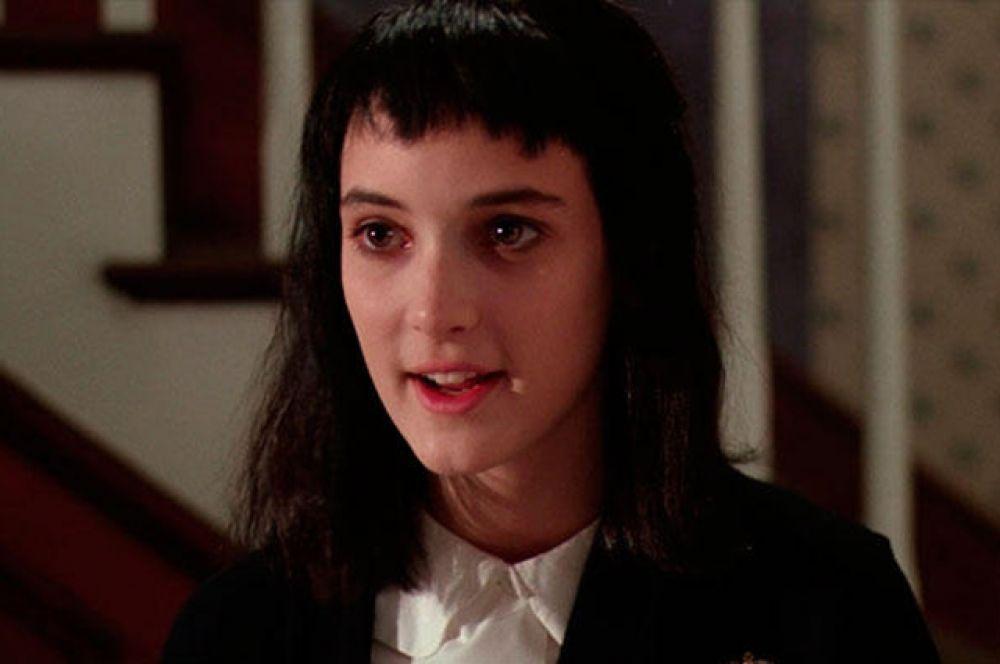 Первой заметной ролью Райдер стало участие в комедии Тима Бёртона «Битлджус» (1988), где она играет «готическую» девушку, способную видеть привидения.
