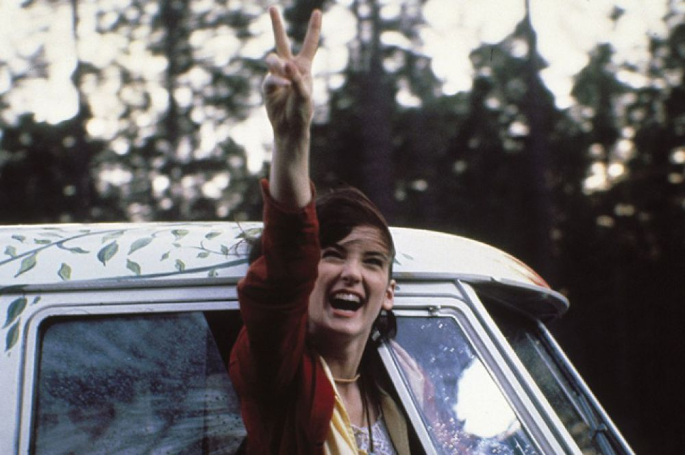 В другом фильме «1969» (1988) вместе с Кифером Сазерлендом и Робертом Дауни-младшим актриса сыграла юную антивоенную активистку.