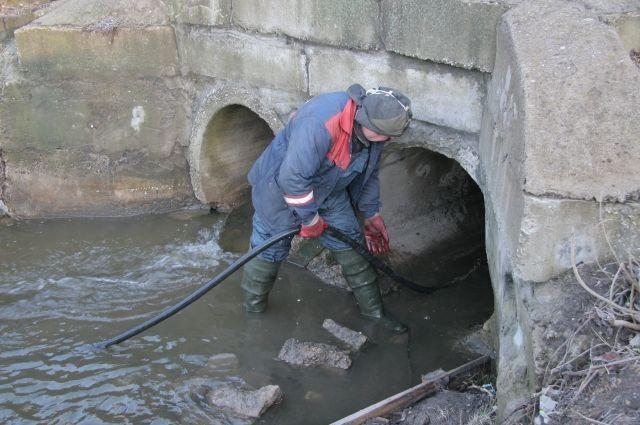 К талой воде прибавилась и водопроводная