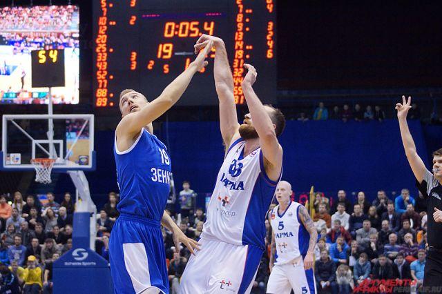 Баскетболисты «Енисея» обыграли «Парму» вматче Единой лиги ВТБ