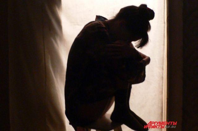 ВКупчино «бомбила» с стильной челкой изнасиловал пьяную петербурженку
