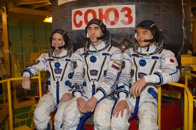 Члены экипажа МКС вернулись наЗемлю