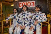 После приземления космонавты на самочувствие не жалуются.