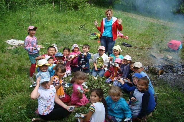 Родному языку коренных народов Кузбасса теперь учат в специальных языковых школах.