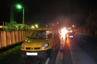 Под Черняховском два автомобиля проехались по лежащей на дороге женщине.