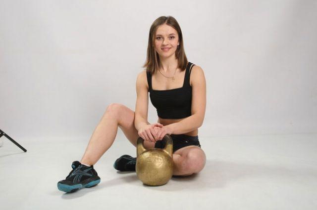 Ксения Дедюхина вновь завоевала звание чемпионки мира в своей весовой категории.