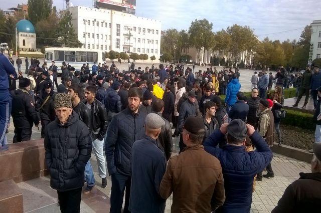 Митинг вМахачкале: протестующие потребовали освободить задержанных активистов