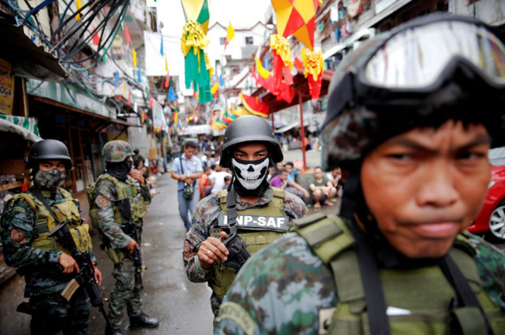 Всего за несколько недель с начала антинаркотической кампании было убито около 2 тысяч человек. Однако точных данных о количестве жертв карательных операций филиппинского лидера нет.