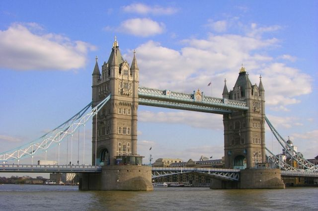 Руководитель контрразведки МИ5 Эндрю Паркер: РФ является наибольшей угрозой стабильности Англии