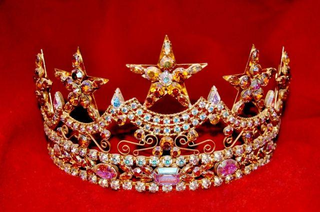 Иркутянка получила свою корону на конкурсе красоты.