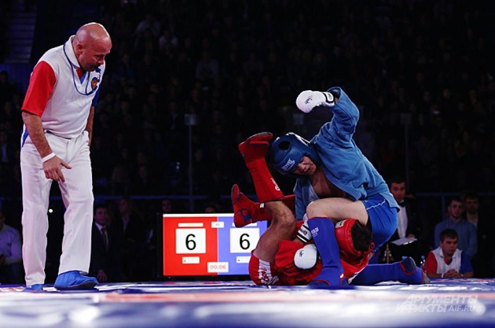 Первую победу сборная Монголии одержала нескоро - только в четвертом поединке по боевому самбо.