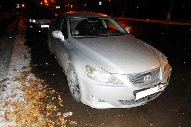 Крупное ДТП вКазани: столкнулись 4 автомобиля иавтобус