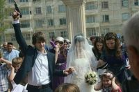 От традиции стрелять на свадьбах в республике почти полностью удалось избавиться.
