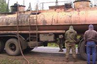 В Оренбургской области задержали банду, которая несколько лет похищала нефть.