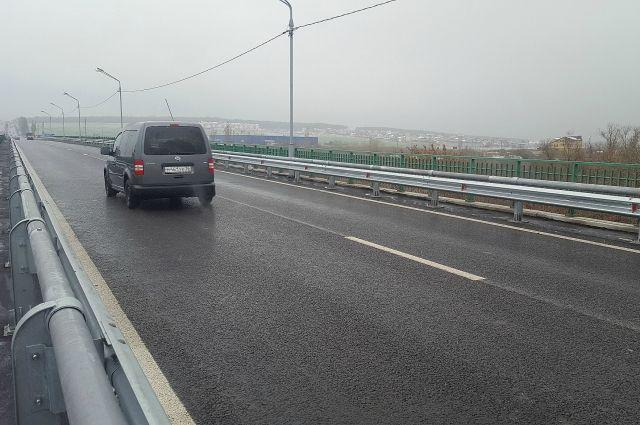 12:26 0 0  На трассе Курск-Воронеж дорожники закончили ремонт моста через ДонРемонтные работы длились два года