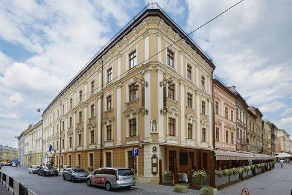 Второе место - Hotel Leopolis, который находится во Львове по адресу ул. Театральная 16