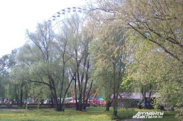 ВКазани запустили 2-ое колесо обозрения