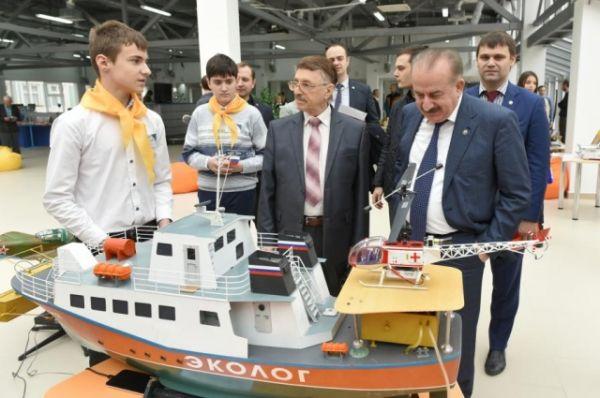На базе Промышленного коворкинга ДГТУ «Garaж» прошел финальный этап конкурса-смотра «Донская сборка».