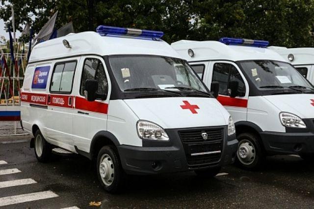 Свидетели: шофёр «Мерседеса» умер, влетев под самосвал наКАД вПетербурге