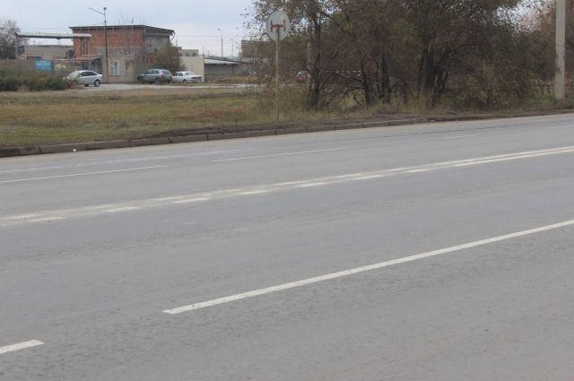 ВВолжском хулиганы зарисовали дорожную разметку