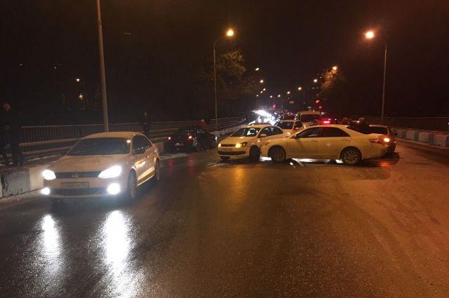 «День жестянщика» отпраздновали вСтаврополе 5 авто 2ноября