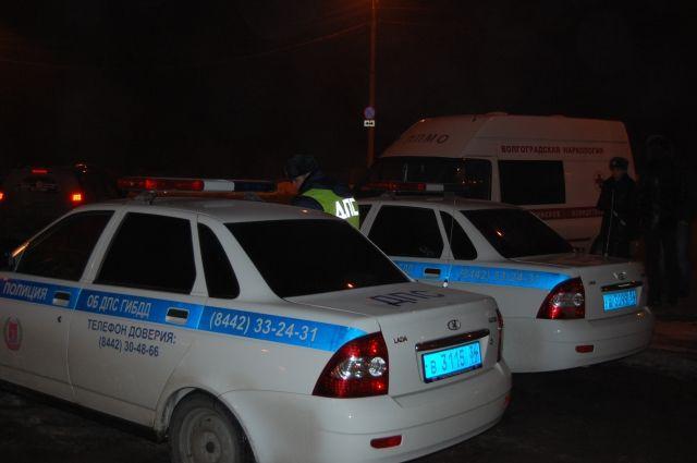 ВВолгограде полицейские сняли срейсов 6 неисправных автобусов