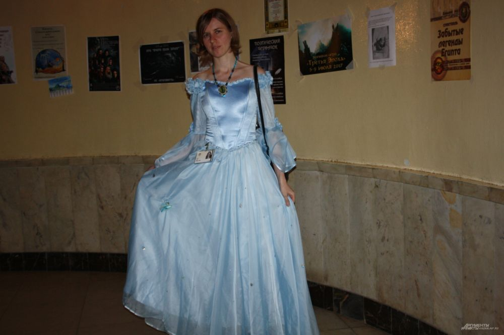 Больше всего на фестивале было эльфов, принцесс и рыцарей.