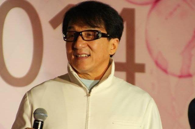 Джеки Чан посетит церемонию открытия фестиваля китайского кино в столицеРФ
