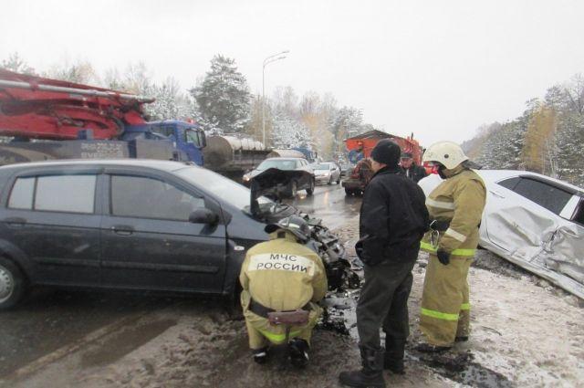 Под Казанью натрассе столкнулись 5 машин