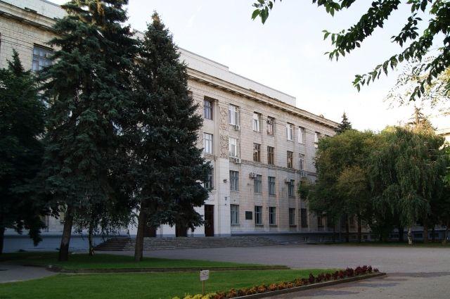 Министр образования инаукиРФ приостановила процесс объединения ВолГУ иВГСПУ