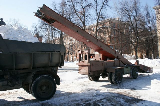ВНижнем Новгороде завыходные сулиц вывезли 1600 кубометров снега