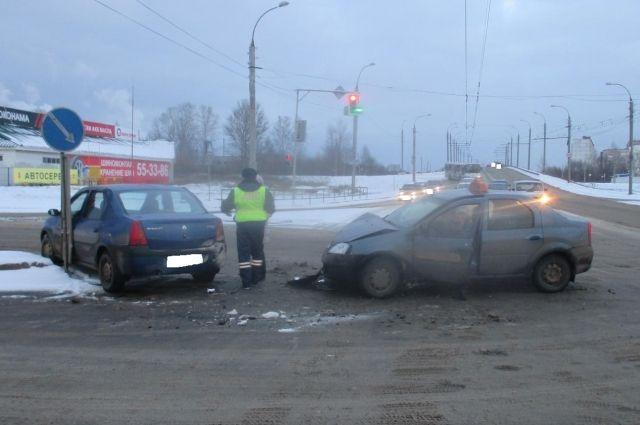 ВРыбинске вДТП стакси пострадал тринадцатилетний парень