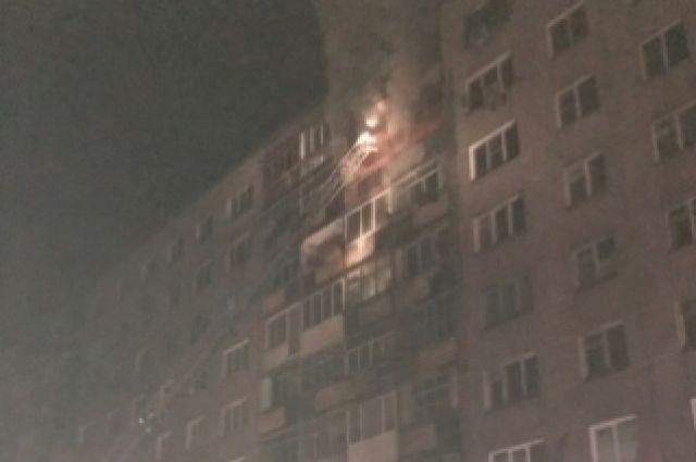 Общая площадь пожара составила 50 квадратных метров.