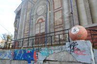 Здание кинотеатра «Камчатка» пустует уже 10 лет.
